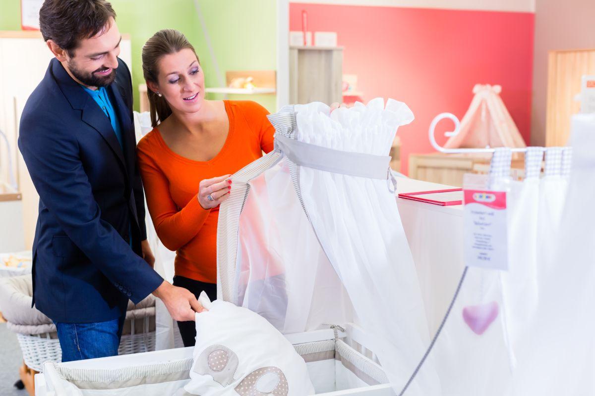 krevetac kolevka kupovina opreme za bebe